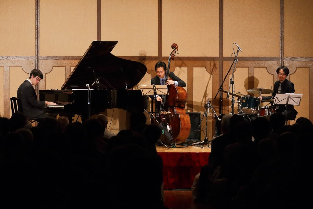 Matt Savage Trio Kobe 2015 HiRes